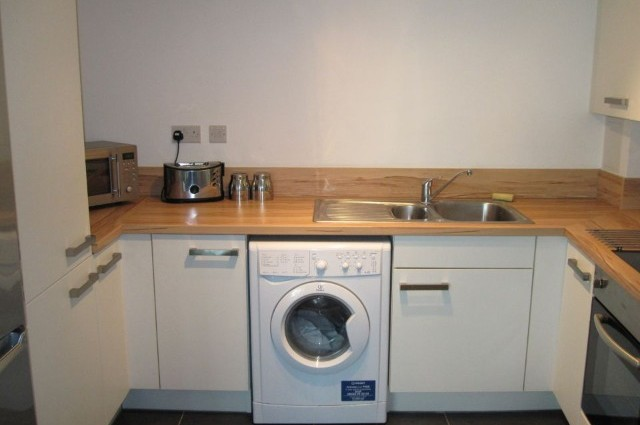 Image of room for rent in flatshare Woodberry Down  London N4 second photo