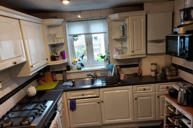 Image of room for rent in house share East Ham E6 third photo
