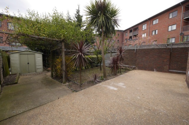 Image of room for rent in house share Plaistow E13 seventh photo