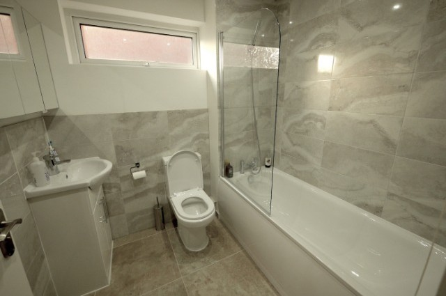 Image of room for rent in house share Plaistow E13 second photo