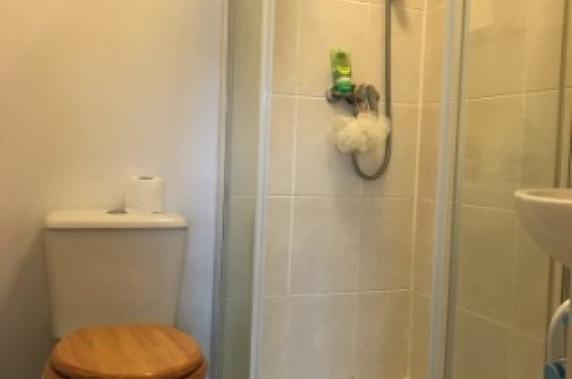 Image of studio for rent in Sale, Manchester South M21 fifth photo