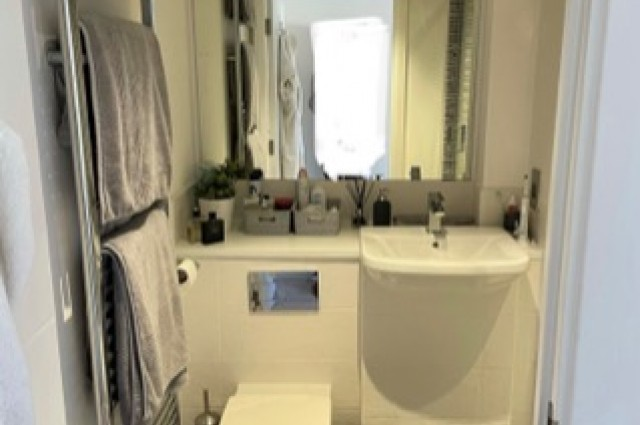 Image of room for rent in flatshare Woolwich SE18 sixth photo