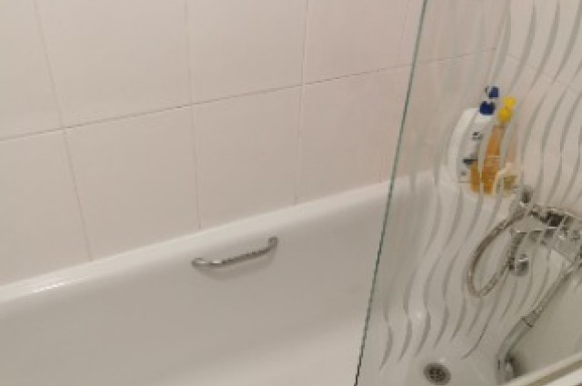 Image of room for rent in house share Solihull, West Midlands B28