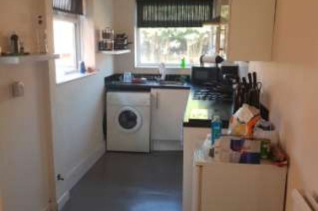 Image of room for rent in house share Manchester M46