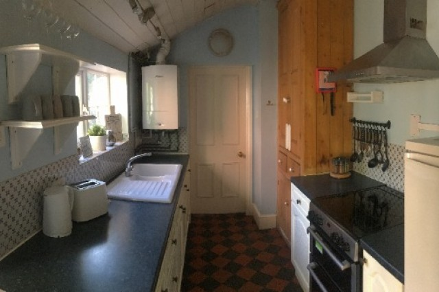 Image of room for rent in house share Harborne, Birmingham West Midlands B17 sixth photo