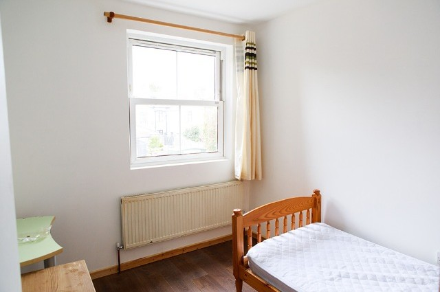 Image of room for rent in house share East Ham E6 fourth photo