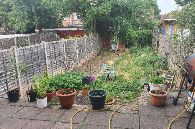 Image of room for rent in house share Wood Green N22 seventh photo