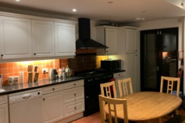 Image of room for rent in house share Tooting, London SW17 fifth photo