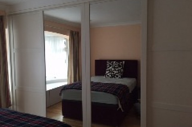Image of room for rent in house share North Finchley, London N12 third photo