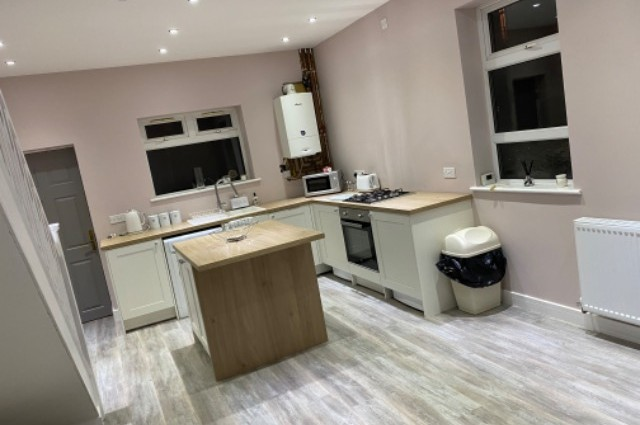 Image of room for rent in house share Bolton, Manchester North BL1 second photo