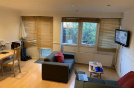 Image of room for rent in house share Shepherd\'s Bush W12