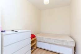 Image of room for rent in house share Northwood, London HA6