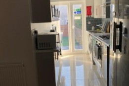 Image of room for rent in house share Lower Edmonton, London N9