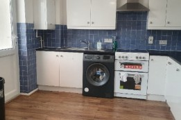 Image of room for rent in house share Luton LU4