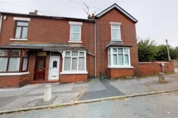 Image of room for rent in house share Newcastle, Staffs. ST5