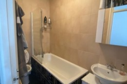 Image of room for rent in house share Thornton Heath, London SE25