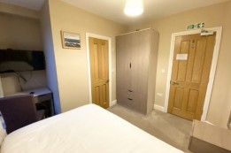 Image of room for rent in house share Reading, Berks. RG1