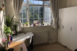 Image of room for rent in house share Clapham Common SW4