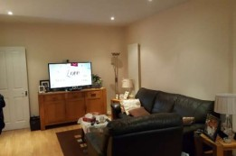 Image of room for rent in house share Hayes, London UB4