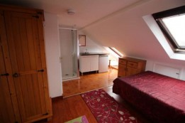 Image of room for rent in house share Wood Green N8