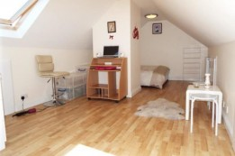 Image of room for rent in house share Hornchurch, London RM3