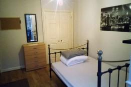 Image of room for rent in house share Central Milton Keynes, Bucks. MK13