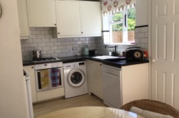 Image of room for rent in house share Coulsdon, London CR5
