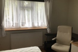 Image of room for rent in flatshare Southgate, London EN4