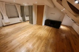 Image of room for rent in house share Chingford Mount E4