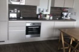 Image of room for rent in flatshare West Hendon NW9