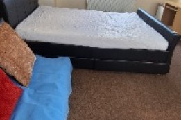 Image of room for rent in flatshare Ilford, London IG2