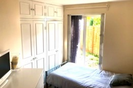 Image of room for rent in house share Mitcham, CR JJ CR4