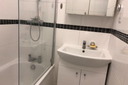 Image of room for rent in flatshare Ealing W5