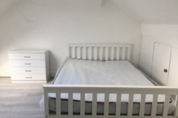 Image of room for rent in house share Manor Park, London E7