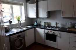 Image of room for rent in house share Rugby, Warwicks. CV22