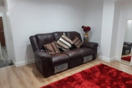 Image of room for rent in house share Dudley, West Midlands DY2
