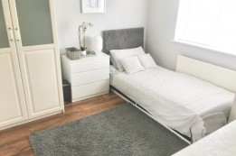 Image of room for rent in house share Worcester Park, London KT4