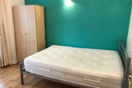 Image of room for rent in house share Kensal Green NW10