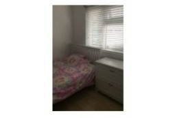 Image of room for rent in flatshare East Sheen SW14
