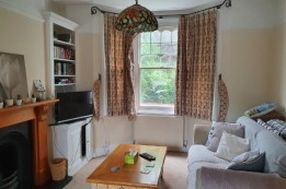 Image of room for rent in house share Wimbledon, London SW19