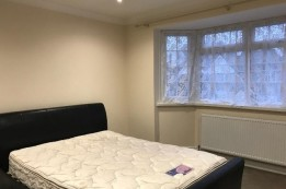 Image of room for rent in house share Hounslow, London TW5