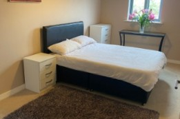 Image of room for rent in flatshare Park Royal NW10