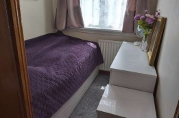 Image of room for rent in house share Southall, London UB2