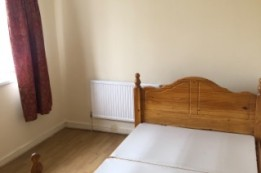 Image of room for rent in house share Limehouse, London E14