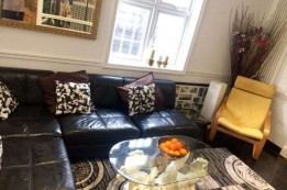 Image of room for rent in house share Uxbridge, London UB8